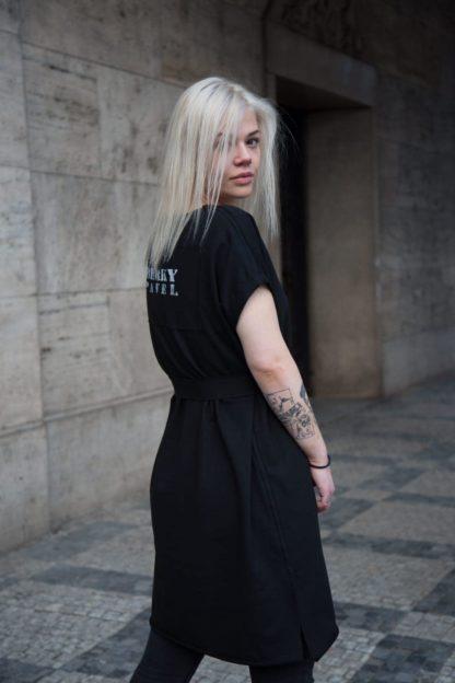 Černé bavlněné mikinové šaty s krátkým rukávem, Pavel Berky